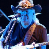 Johnny WInter - Final performance - Cahors Blues Festival, France -
