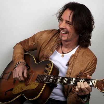 Win-1-of-3-Rick-Springfield---Stripped-down-CD/DVDs