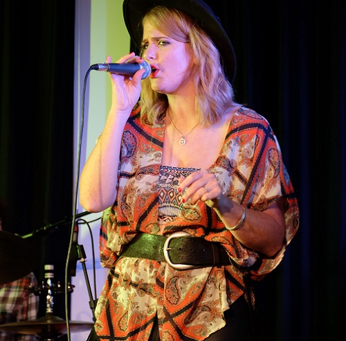 Elles Bailey Band / Crossfire Lite - The Gig In The Garden (indoors)