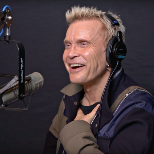 Billy-Idol-triumphs-at-Zermatt-Unplugged