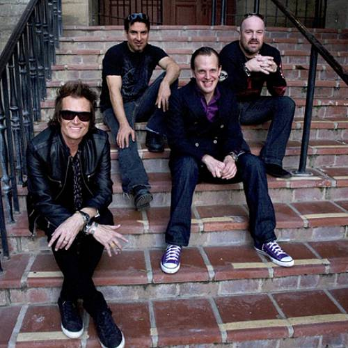 Black-Country-Communion-album-set-for-October-30th