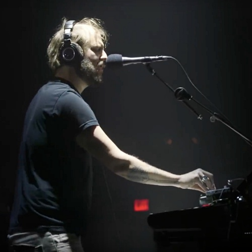 Bon-Iver-announces-second-album