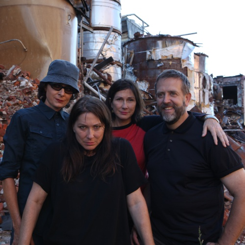 The-Breeders-reunite-for-shows-in-the-US-and-Europe