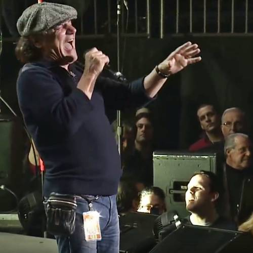 Brian-Johnson-remembers-his-first-AC/DC-gig