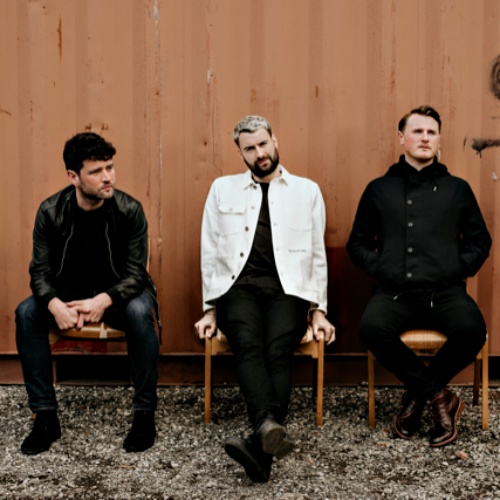 Courteeners-announce-release-of-new-album-and-single
