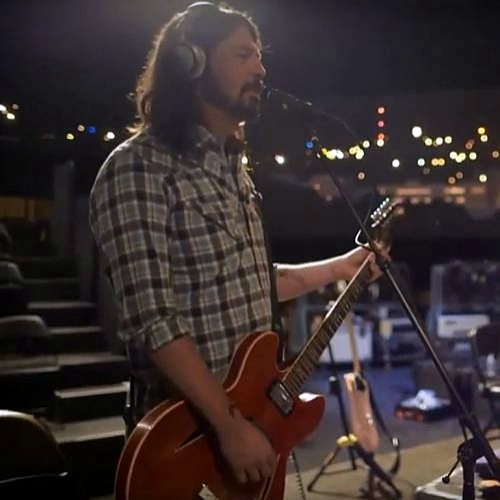 Dave-Grohl-confirmed-as-SXSW-keynote-speaker