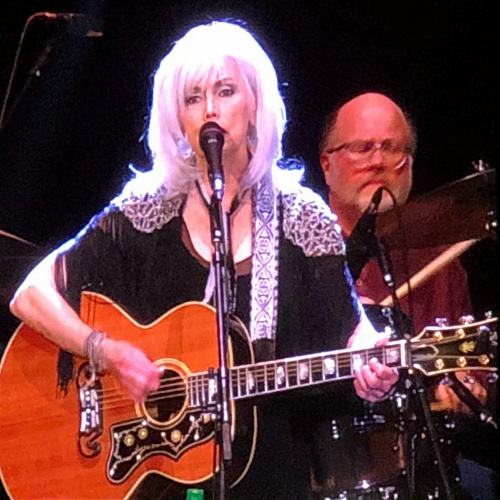 Emmylou-Harris-and-Rosanne-Cash-join-SummerTyne