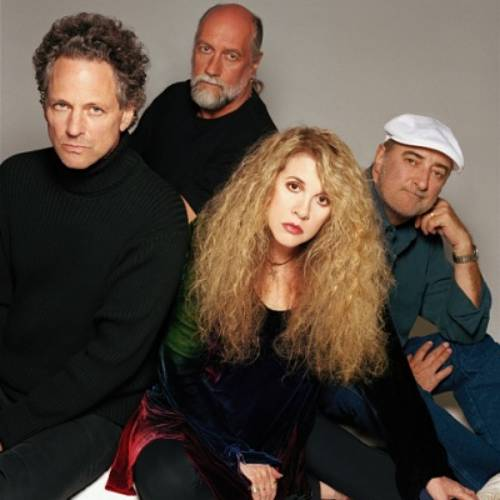 Fleetwood Mac Greatest Hits Set To Enter Top 5 Lead By The Greatest Showman