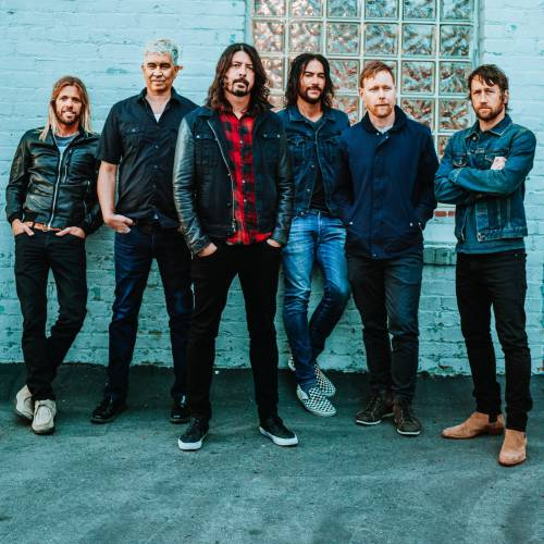 Foo-Fighters-joined-by-Brad-Wilk-in-Sydney