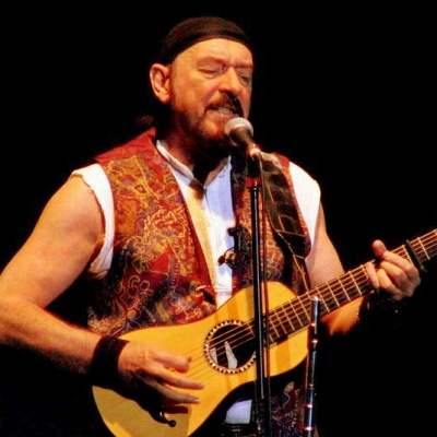 Ian-Anderson-to-visit-Jethro-Tull