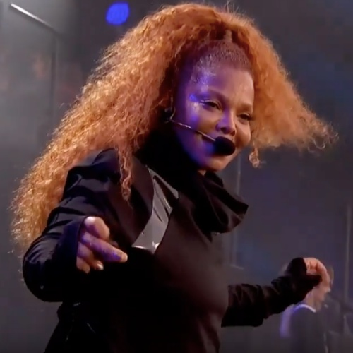 Janet-Jackson-to-perform-a-virtual-duet-with-Michael-Jackson-in-London-this-week