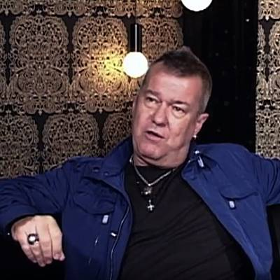 Jimmy-Barnes-goes-back-to-school