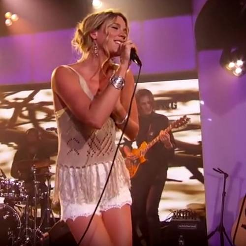 Joss Stone Claims She Has Been Deported From Iran - Music News