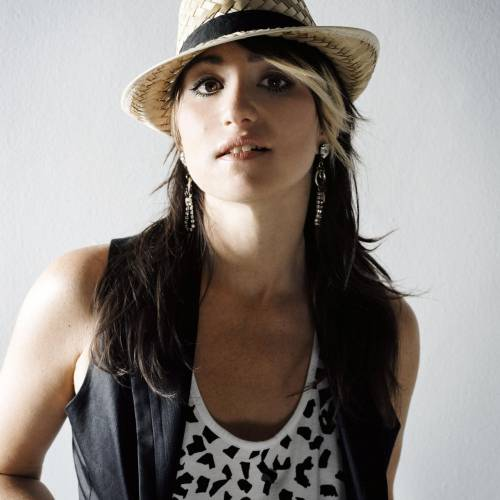 KT Tunstall to play live and sign album at hmv