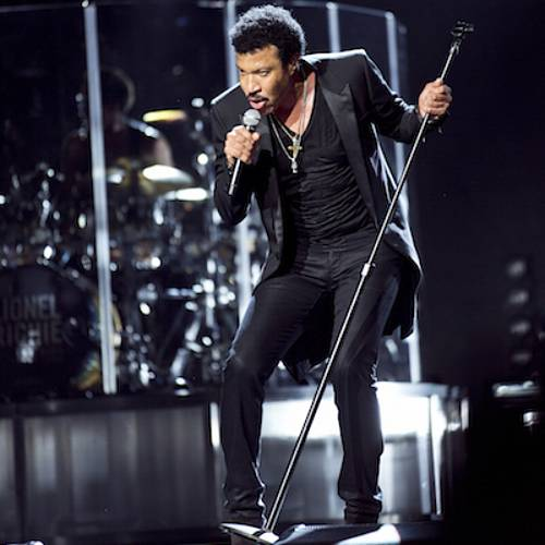Lionel-Richie-to-perform-at-Newbury-Racecourse