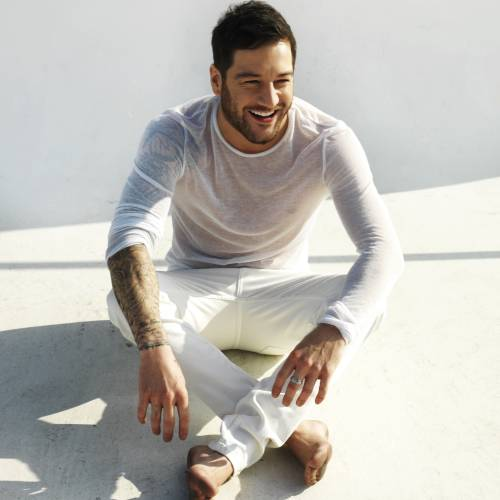 Matt-Cardle-announces-Unplugged-tour