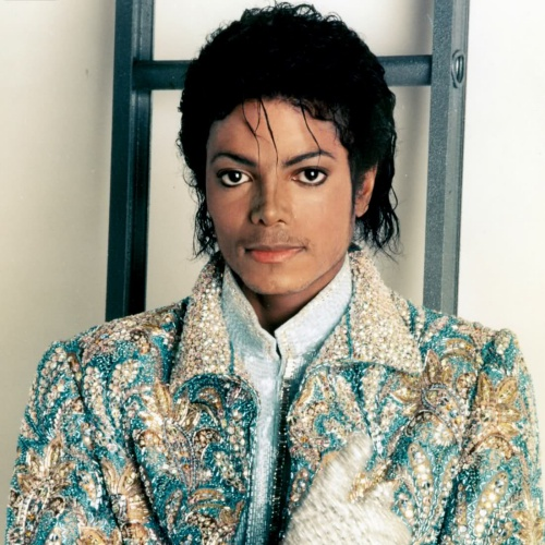 Michael-Jackson-accused-of-beating-up-Bubbles