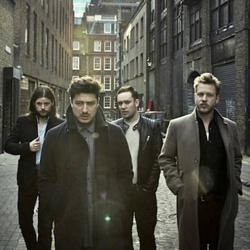 Mumford-and-Sons,-Vampire-Weekend,-The-Vaccines-and-Mystery-Jets-shows