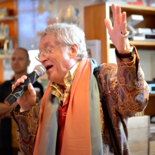 Noddy Holder wants a Covid-19 vaccine for Christmas - Music News 1