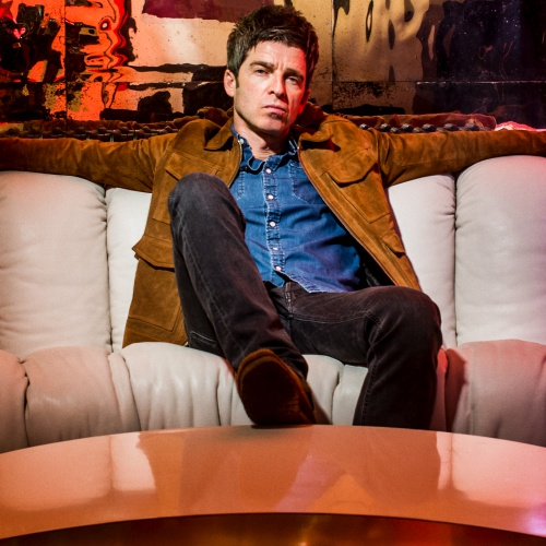 Noel Gallagher swipes at Liam and all singer/songwriters for not writing their own songs