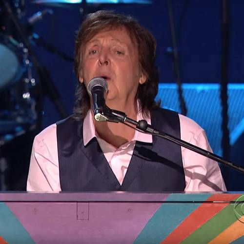 Paul-McCartney-to-release-Live-Kisses