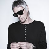 Paul-Weller-announces-Alive-at-Delapre-date