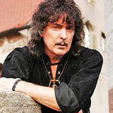 Ritchie-Blackmore-couldnt-care-less-about-Hall-Of-Fame