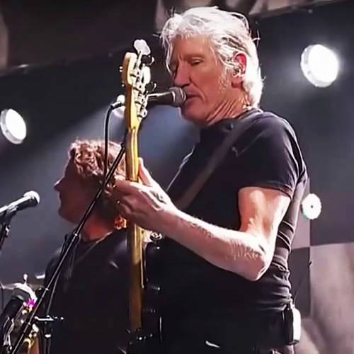 Roger-Waters-and-John-Mayer-to-play-Levon-Helm-Tribute-gig