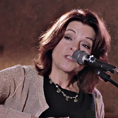 Rosanne-Cash-to-get-award-from-T-Bone-Burnett