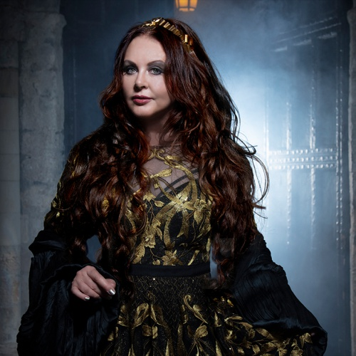 Sarah-Brightman-pulls-US-tour-after-ankle-break