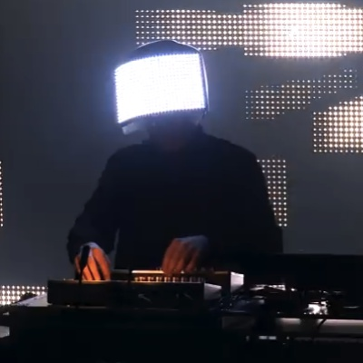 Squarepusher-to-collaboratie-with-robots-on-new-EP
