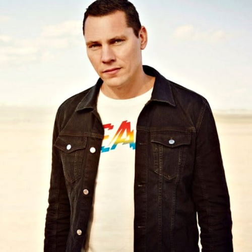 Tiesto-to-launch-clothing-line-inspired-by-electronic-dance-music