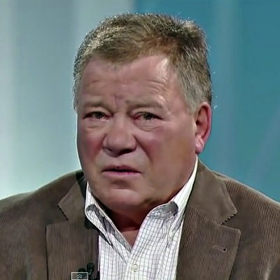 Williasn-Shatner-joins-Yes-members-for-Planet-Earth-Attack