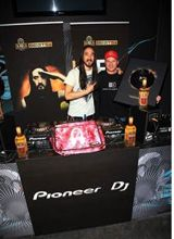 Aoki-picks-best-producer-and-best-DJ-for-new-release