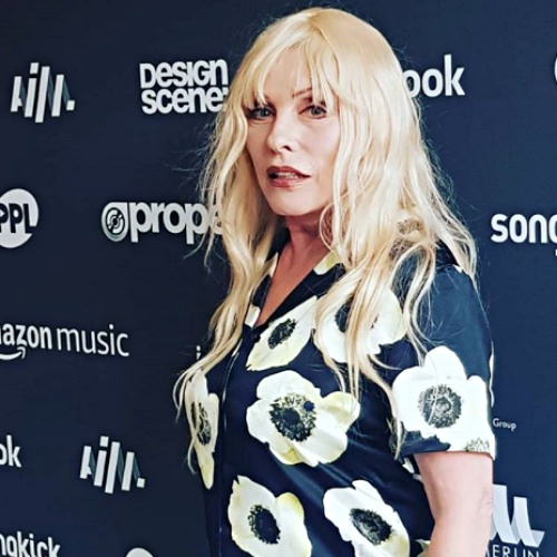 Blondie-to-release-new-material