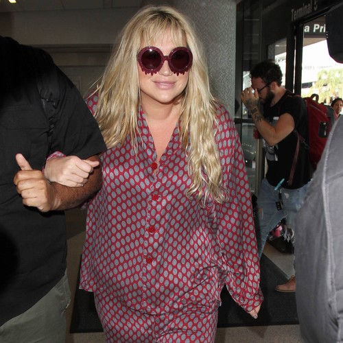 Dr. Luke's lawyer responds after Kesha files to keep medical records private