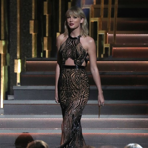 105505 Taylor Swift has been in a secret romance 'for months' - report