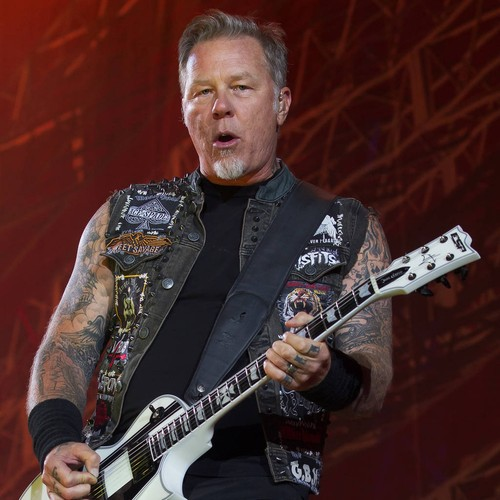 http://www.music-news.com/news/UK/106340/James-Hetfield-Metallica-could-fall-apart-at-any-moment