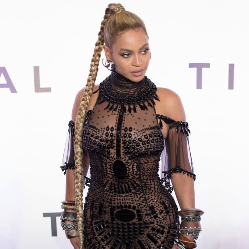 http://www.music-news.com/news/UK/106374/Beyonce-and-JAY-Z-name-twins-Shawn-Jr-and-Bea