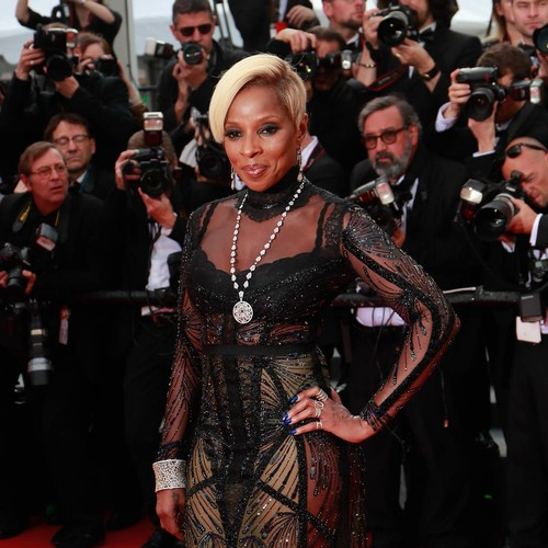 http://www.music-news.com/news/UK/106441/Mary-J-Blige-s-estranged-husband-issues-public-plea-after-her-BET-performance