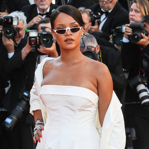 http://www.music-news.com/news/UK/106481/Rihanna-s-mystery-man-revealed-as-Saudi-businessman