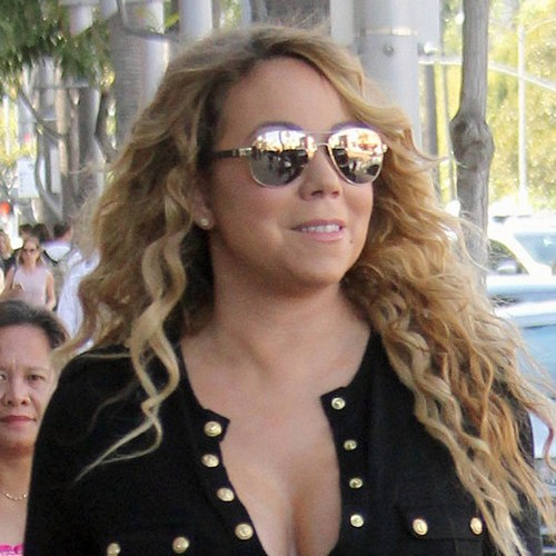 http://www.music-news.com/news/UK/106488/Mariah-Carey-dodges-questions-about-ex-fiance-s-political-dealings-in-Israel