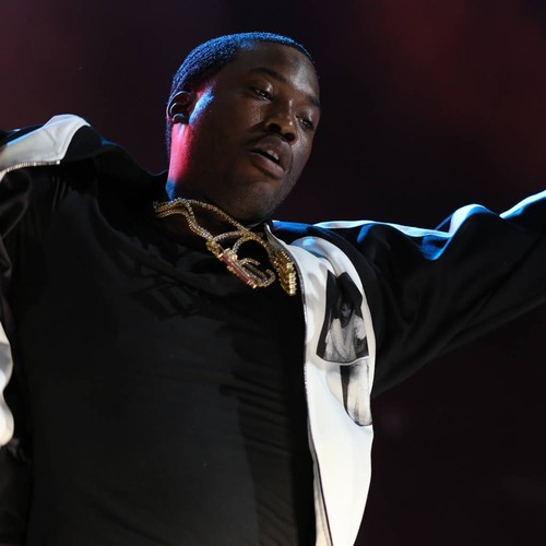 Meek Mill arrested and charged for reckless endangerment after dirt biking through Manhattan