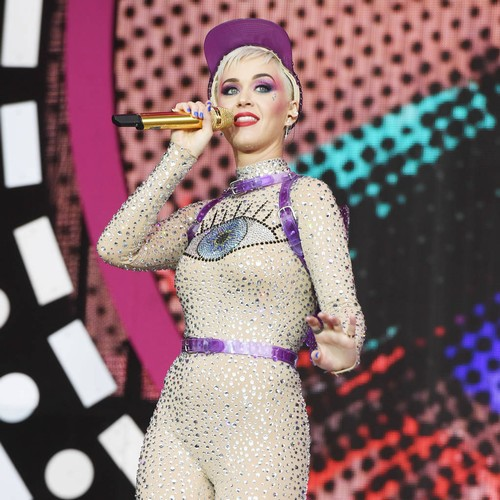 MTV Video Music Awards producer shuts down Katy Perry/Taylor Swift duet rumours