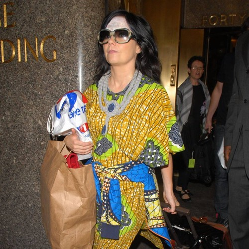 Bjork further details sexual harassment/abuse by Danish director
