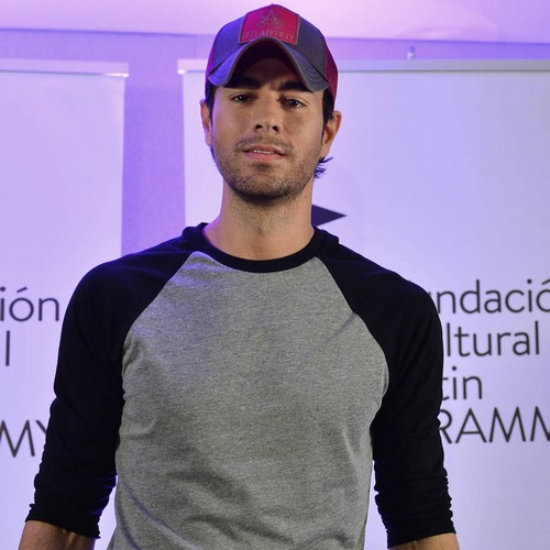 Proud dad Enrique Iglesias shares first photo of one of his twins