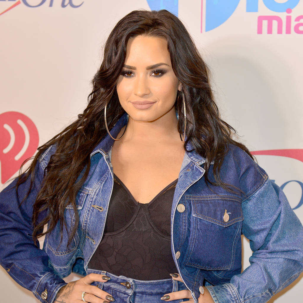 Demi Lovato not sweating a little weight gain