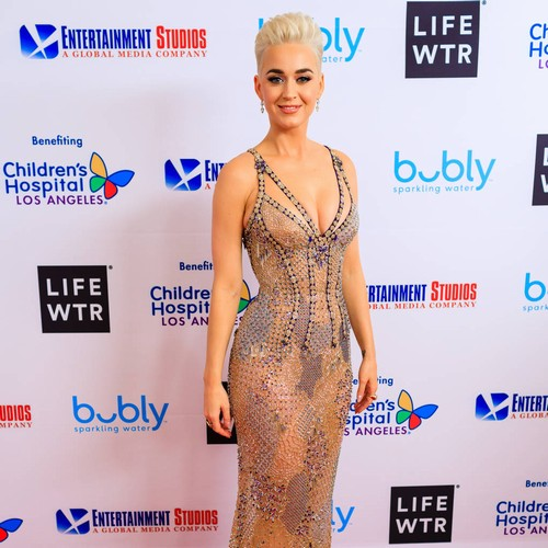Katy Perry treats hometown fans to free booze at benefit