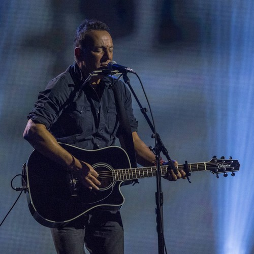 Bruce Springsteen condemns U.S. immigration policy during Broadway show