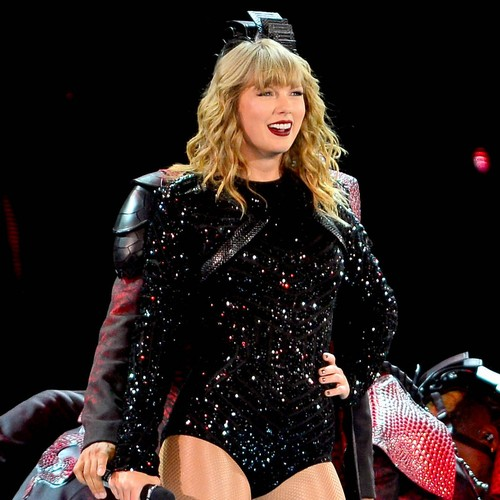 Taylor Swift To Open American Music Awards - Music News